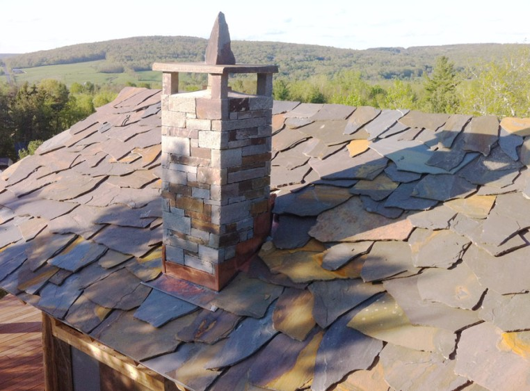 Photo Hilltop Suite Ecological Flagstone Roof Stone